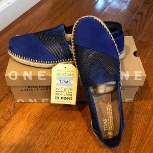 NWB Toms shoes